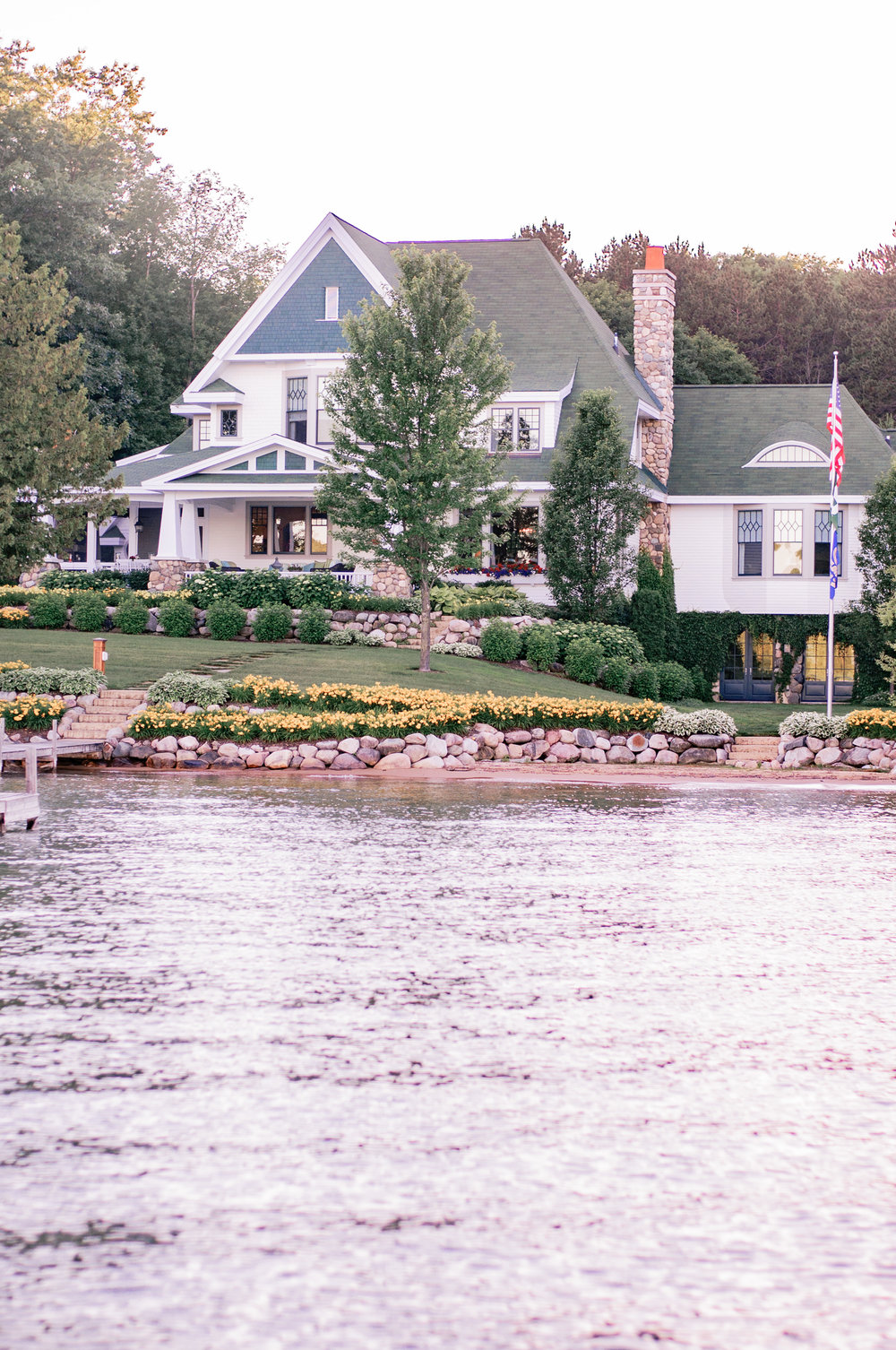 Cute Summer Cottage Style on Walloon Lake Michigan
