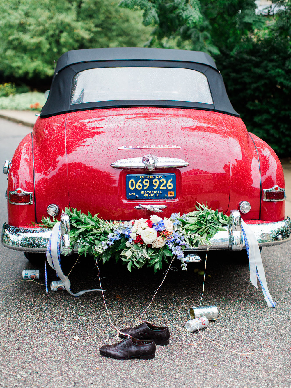 Vintage Wedding Car Flower Decorations