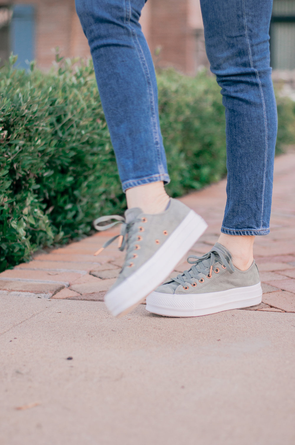 Cool Casual Platform Sneakers for Women