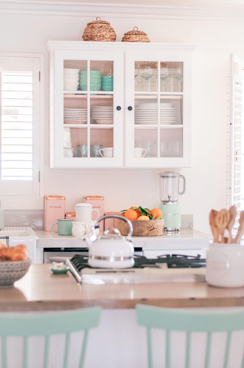 white-wood-farmhouse-kitchen-3.jpg