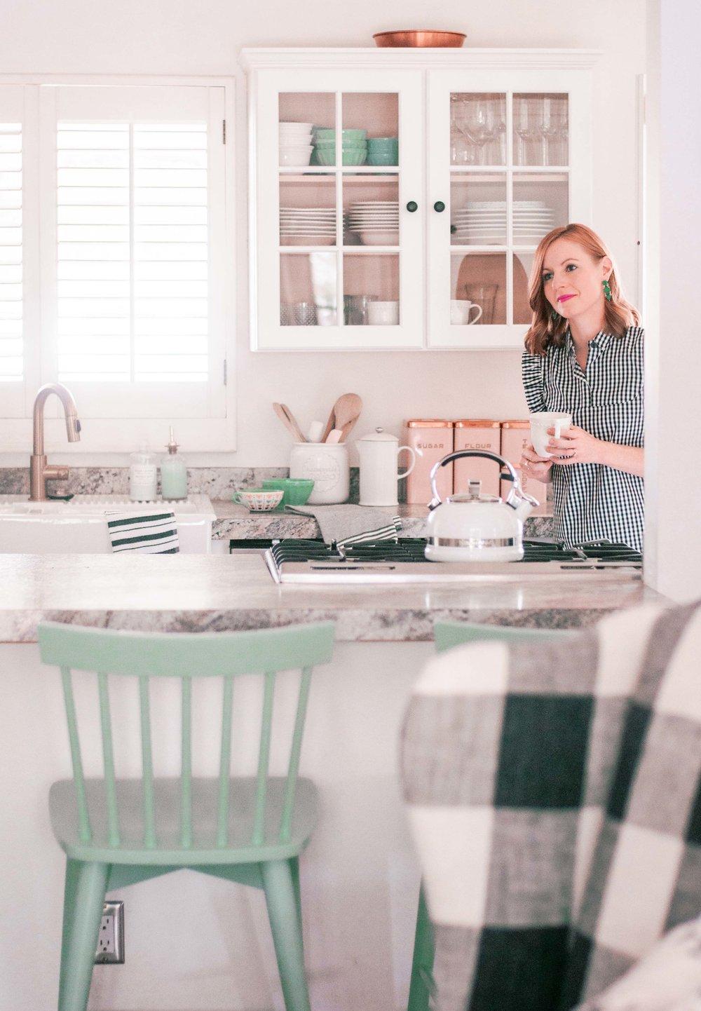 Kitchen Before-4.jpg