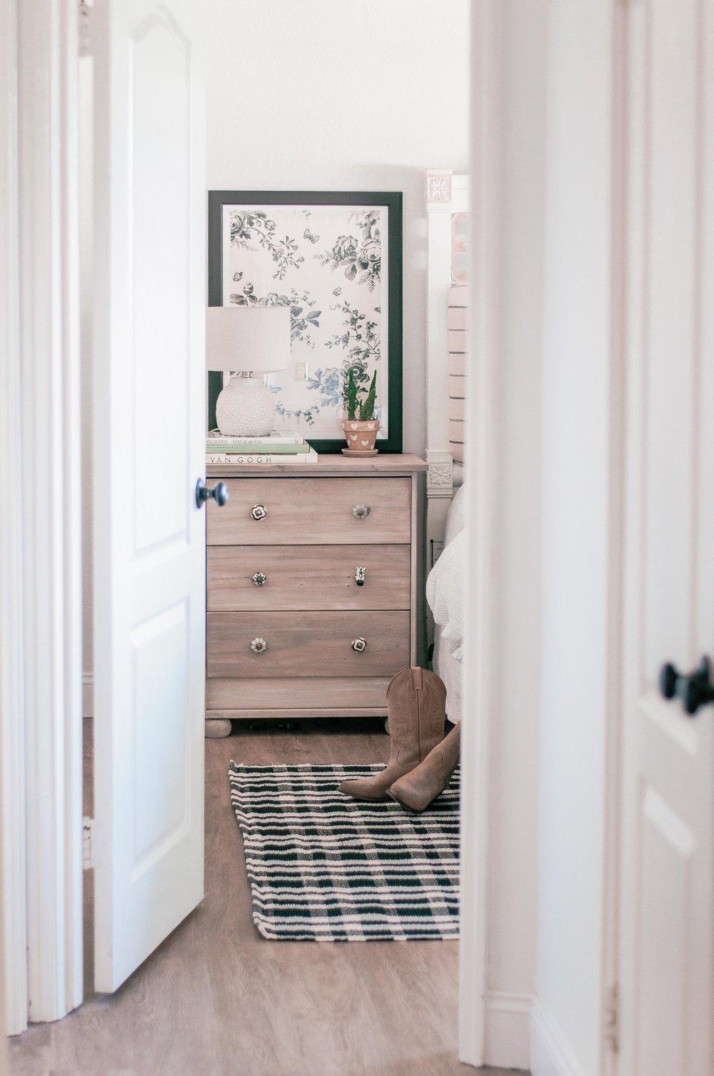 Cottage Farmhouse Master Bedroom Ideas