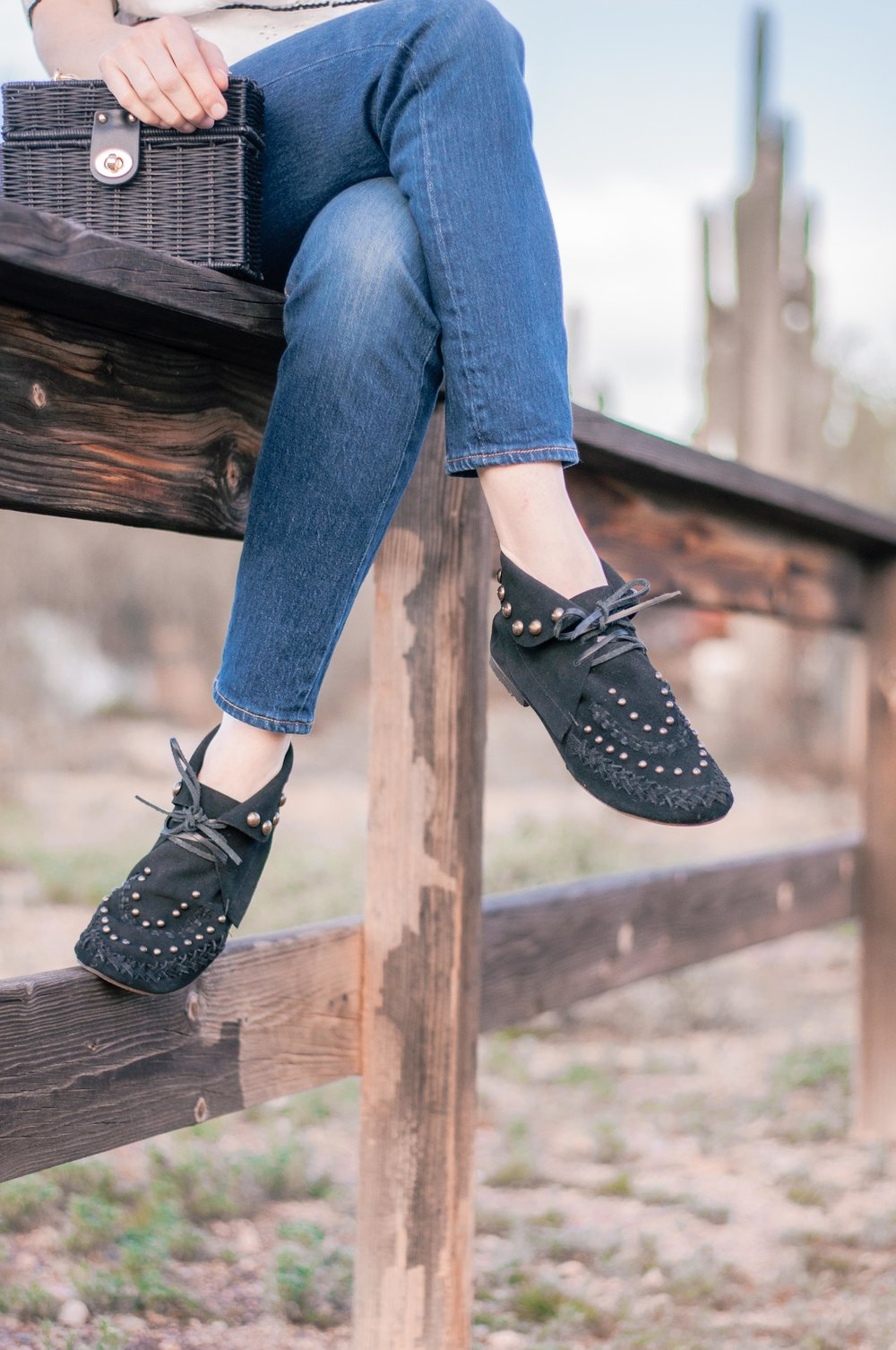 Moccasin-boots-womens-black-7.jpg
