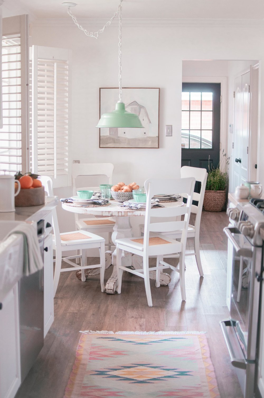 breakfast-nook-table-ideas-6.jpg
