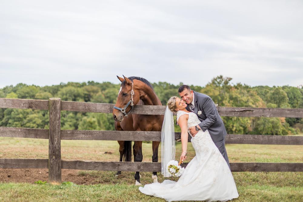 Jessica Green Photography_Fredericksburg_Virginia_Wedding Photography_Wedding Photographer_farm_horse_classic wedding-121