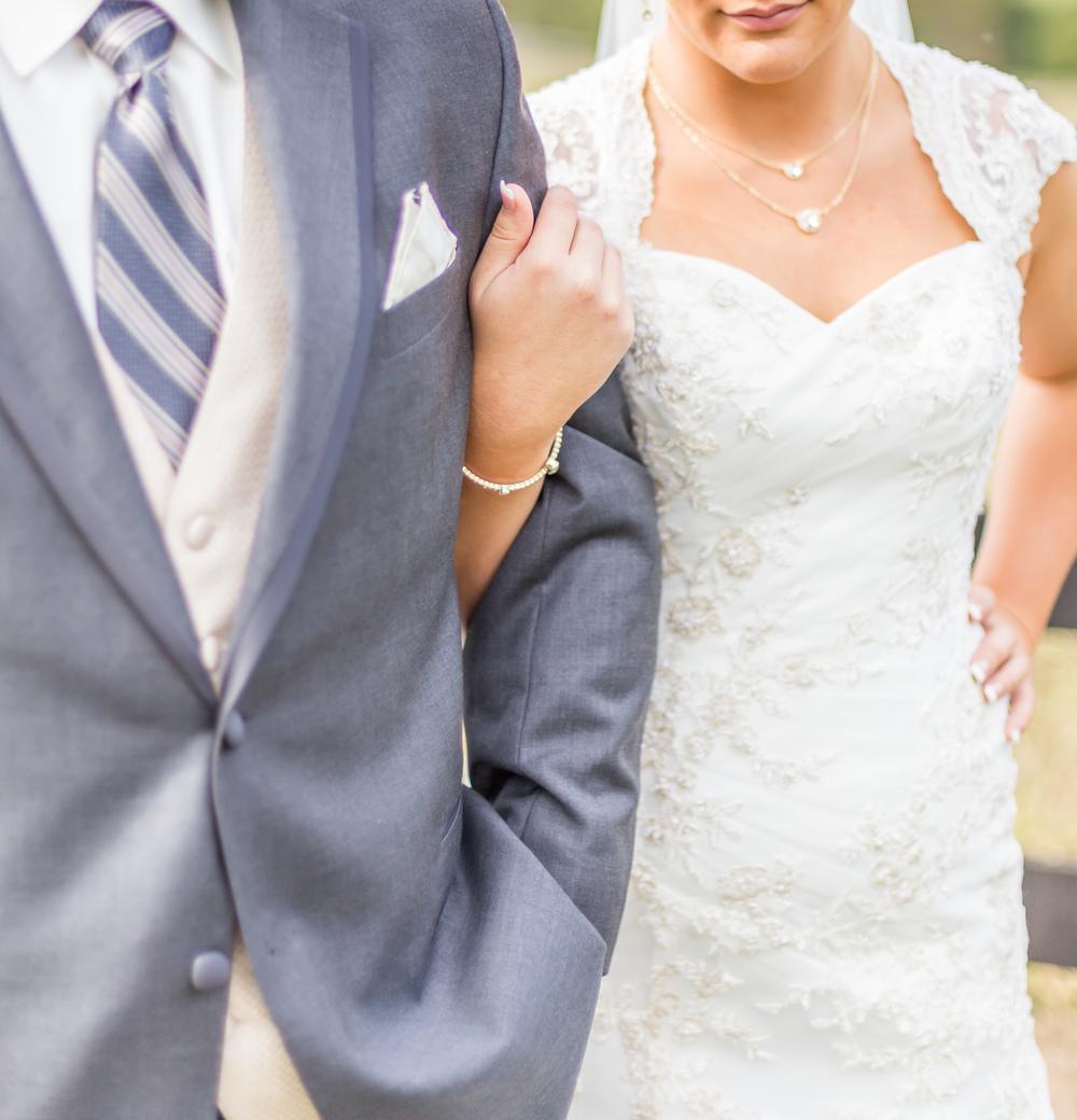 Jessica Green Photography_Fredericksburg_Virginia_Wedding Photography_Wedding Photographer_farm_horse_classic wedding-34