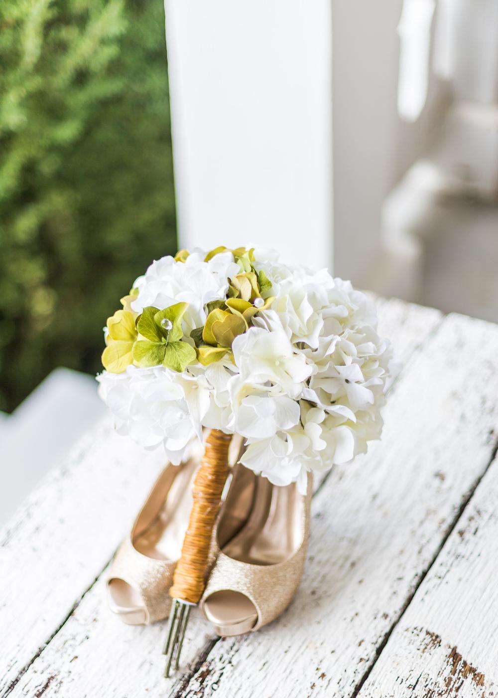 Jessica Green Photography_Fredericksburg_Virginia_Wedding Photography_Wedding Photographer_farm_horse_classic wedding-6