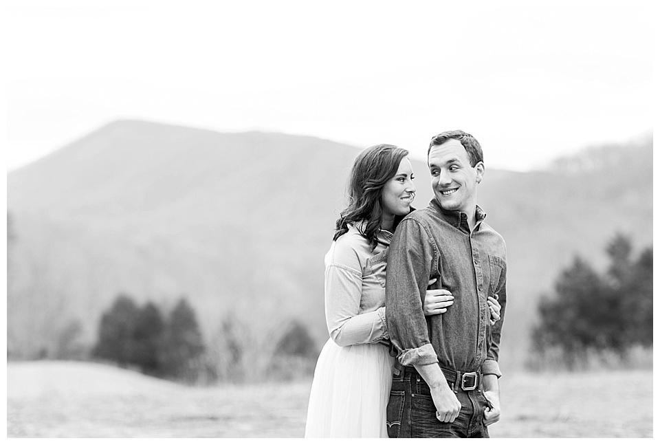 Roanoke-Engagement_Roanoke-VA-Photos-27.jpg