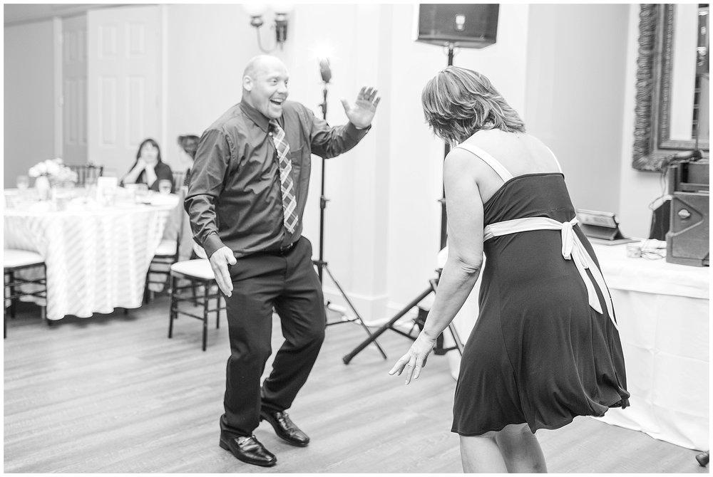 Old-Hickory-Golf-Club-Wedding-Photos_Woodbridge-Wedding-Photographer_Jessica-Green-Photography-36.jpg