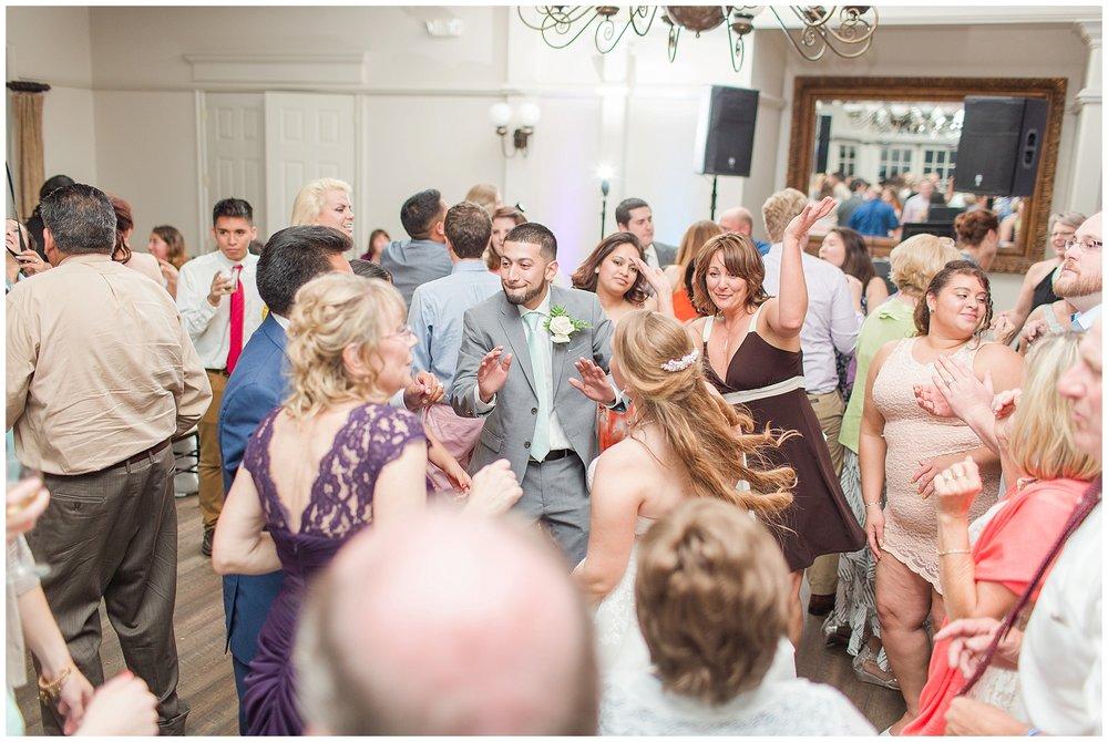 Old-Hickory-Golf-Club-Wedding-Photos_Woodbridge-Wedding-Photographer_Jessica-Green-Photography-35.jpg
