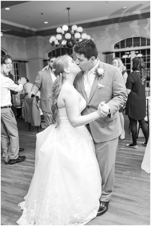 Old-Hickory-Golf-Club-Wedding-Photos_Woodbridge-Wedding-Photographer_Jessica-Green-Photography-41.jpg