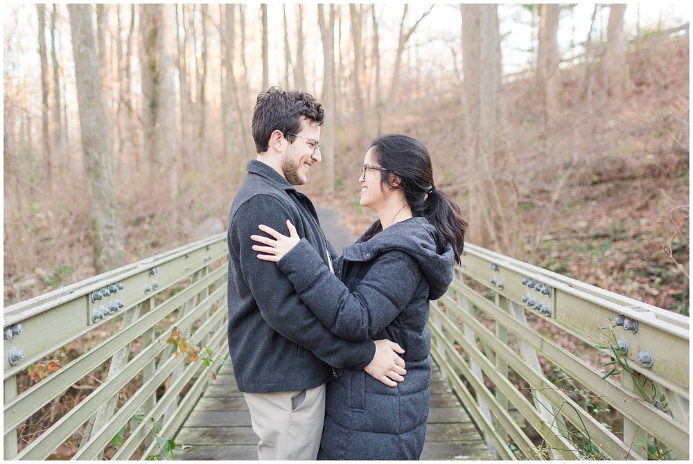 Mclean-VA-Wedding-Photos_Lifestyle-Engagement-Session_Jessica-Green-Photography-11.jpg