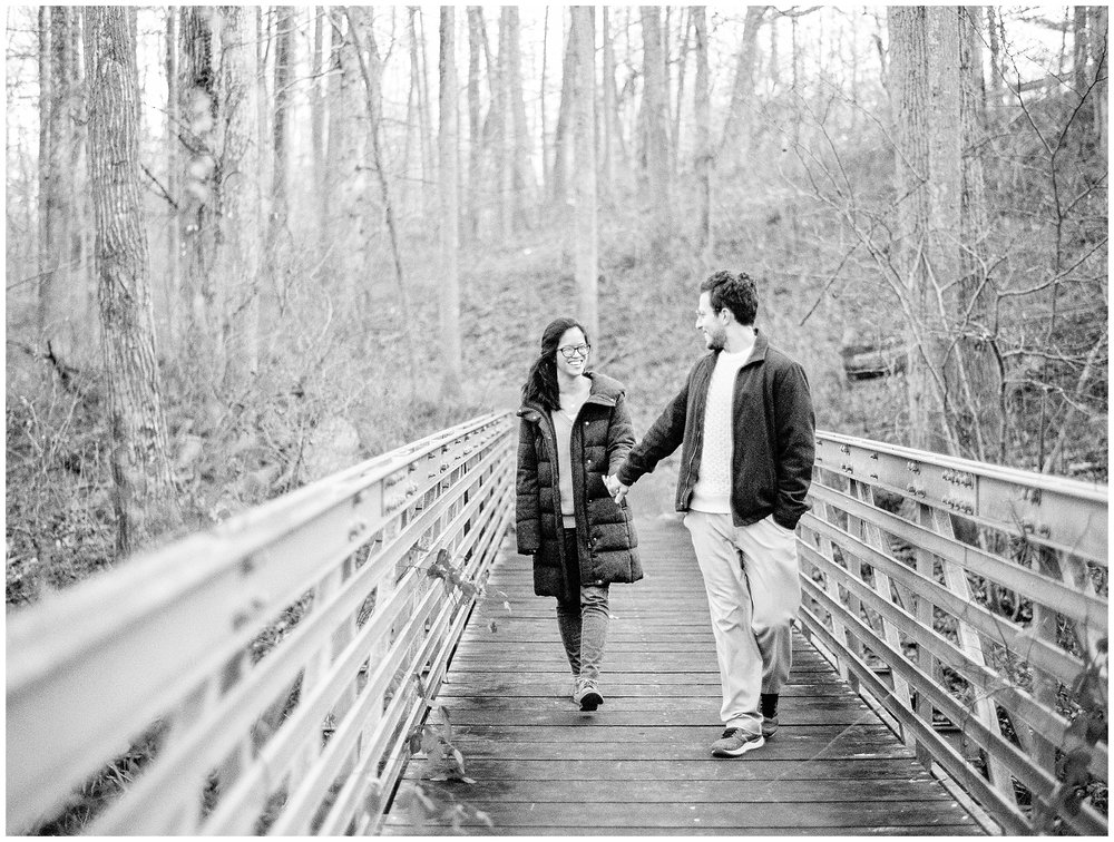 Mclean-VA-Wedding-Photos_Lifestyle-Engagement-Session_Jessica-Green-Photography-25.jpg