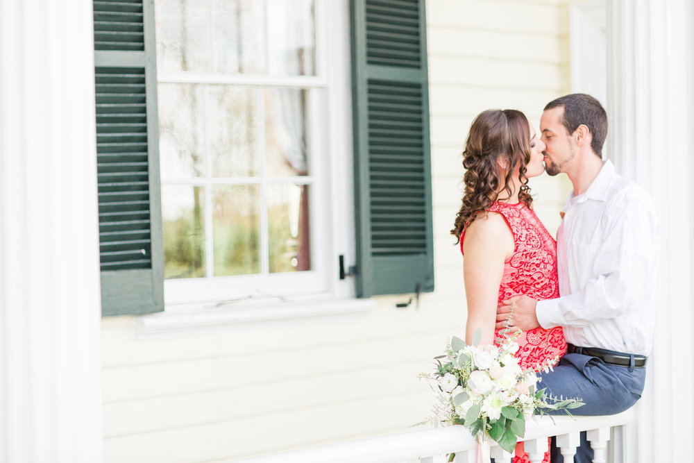 King-George-Anniversary-Photos_Belle-Grove-Plantation_Katee-Tyler_Jessica-Green-Photography-01.jpg
