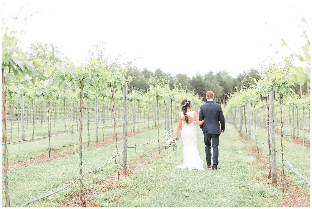 Manassas-Virginia-Wedding-Photos_Winery-at-Bull-Run-Wedding_Jessica-Green-Photography-16.jpg