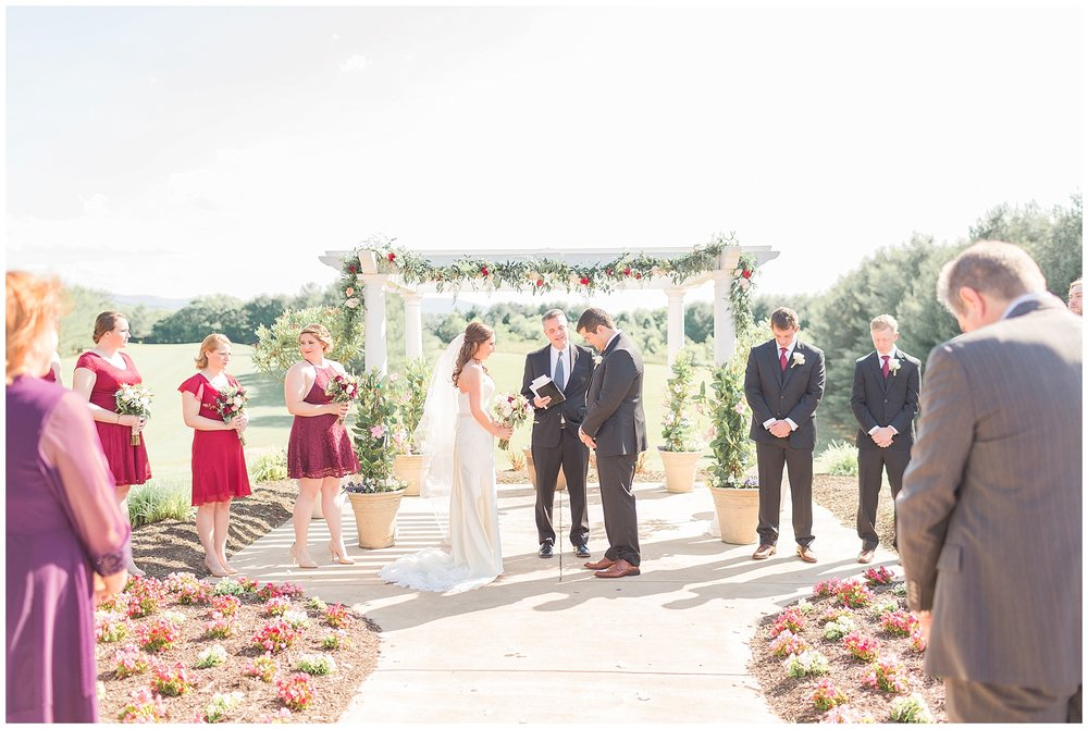 Front-Royal-Wedding-Photos_Bowling-Green-Country-Club-Wedding_Jessica-Green-Photography-14.jpg