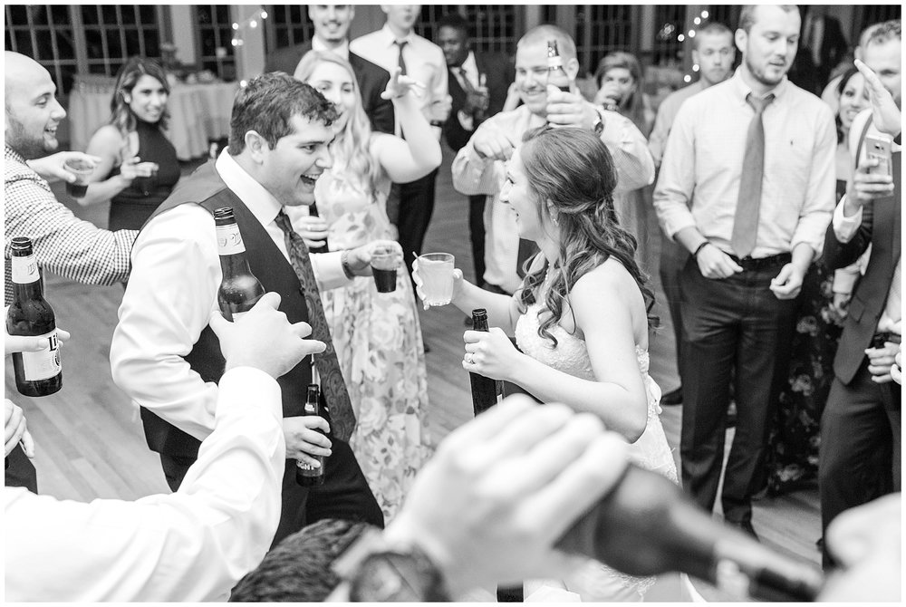 Front-Royal-Wedding-Photos_Bowling-Green-Country-Club-Wedding_Jessica-Green-Photography-70.jpg