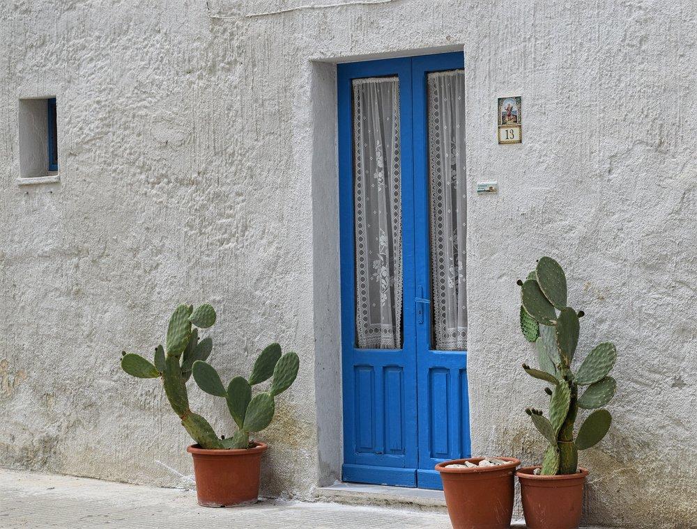 house-1443810_1920.jpg