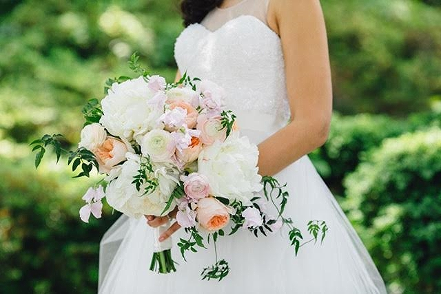 B Floral DC slightly cascading bouquet