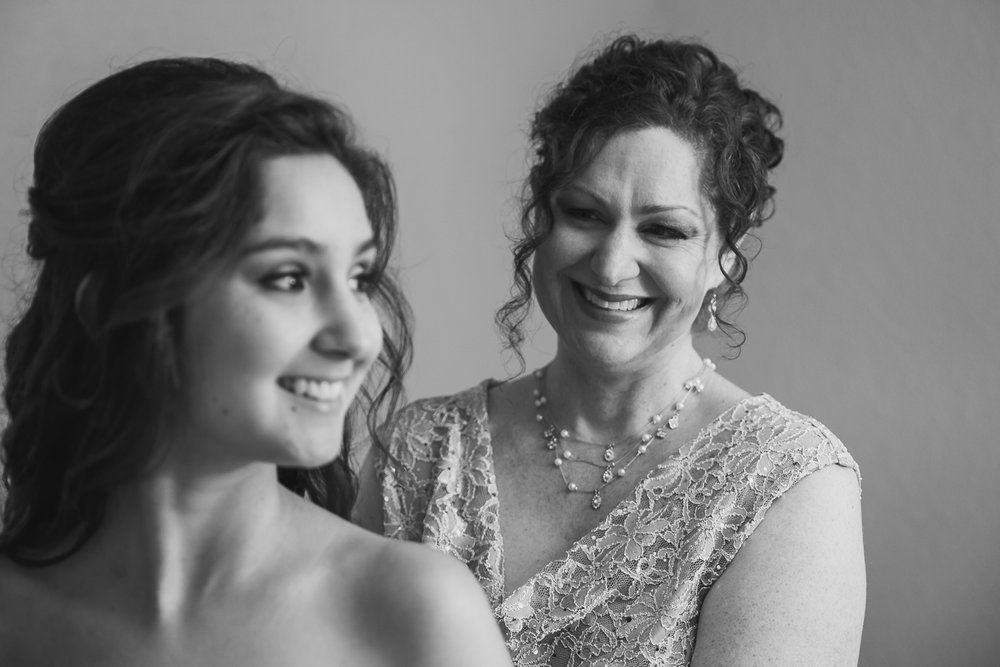 2015_Santillan_Wedding_0988.jpg