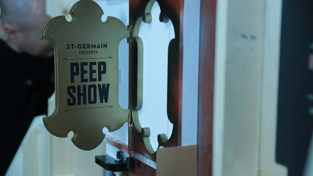 peepshowdoor.jpg