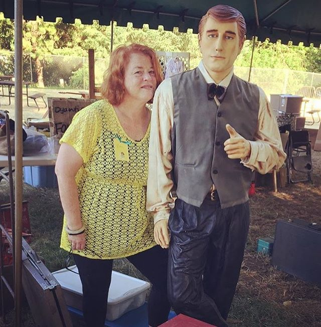 So excited to see our best girl Pam and her hot new bf at Plucky Maidens Summer Fest- TODAY at Oaks Park. We play 4:00-7:00 🎠🎶🎩#letsgoantiquing #pluckymaidens #summerfest