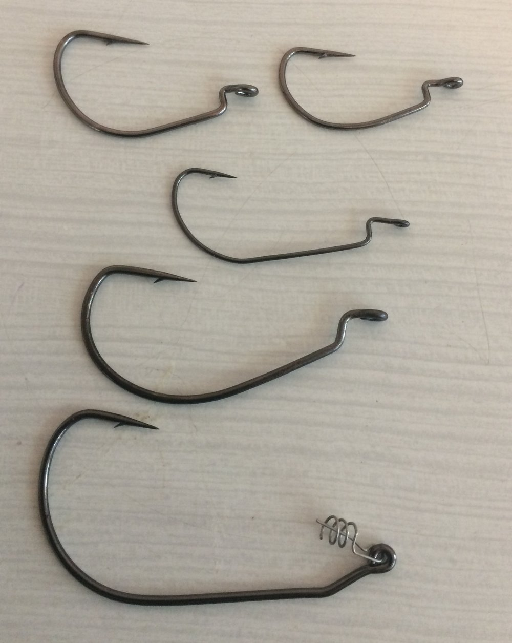 **Hooks** (Be careful and look at the pictures shown here. Not all offset hooks work with every lure. Watch in particular for gape length as hooks of the 'same size' often have different gape lengths. You want long, wide gapes and also, not hooks where the point turns back in on itself).