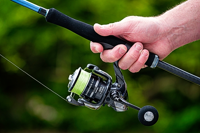 The Shooter reel seat with the sublime  Shimano Exsence C14+ 4000XGS spinning reel