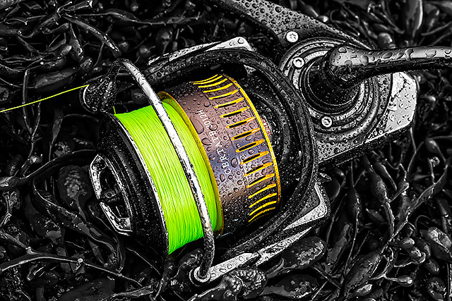 Daiwa J-Braid - What's not to like? A silky smooth 8-strand braid that is as cheap as a regular 4-strand, the aggressively priced Daiwa J-Braid is the real deal. A good range of colours, breaking strains and spool sizes, this Daiwa J-Braid is a bit of a game-changer. See my preview here and my review here.Affiliate links (my sincere thanks if you choose to buy via these): Veals Mail Order