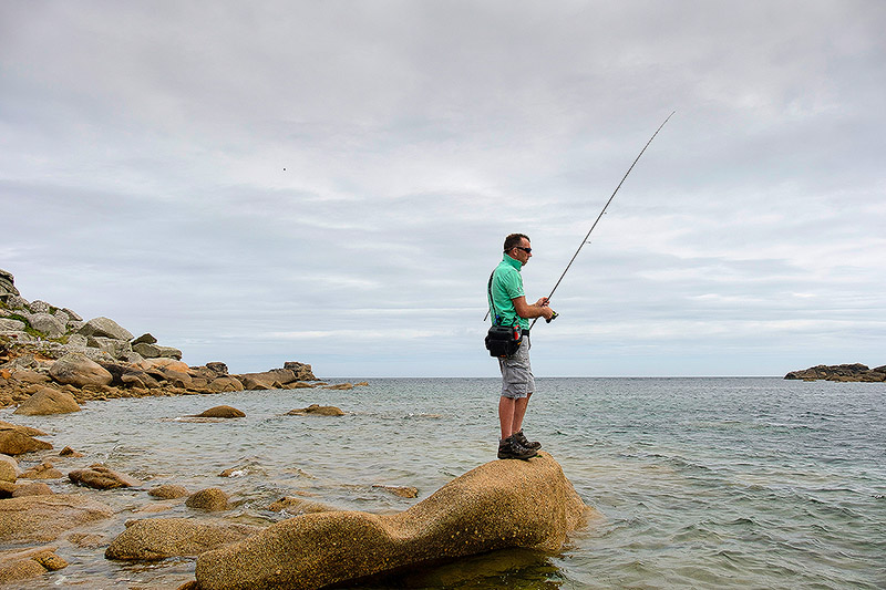 I need a really good lure rod for wrasse fishing - The Major Craft Crostage Hard Rock CRX-802MH/S 5-30g. This is one hell of a rod for bumping soft plastic lures along the bottom. Review to come.Affiliate links (my sincere thanks if you choose to buy via these): Chesil Bait'n'Tackle
