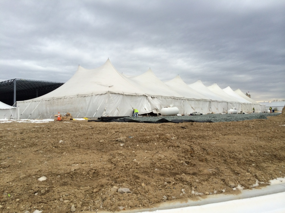 Tent for winter concrete pouring