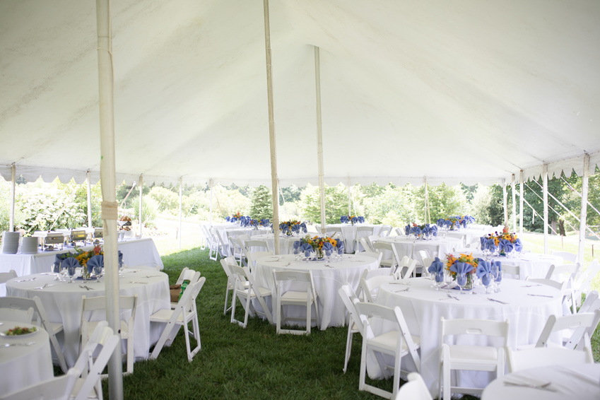 Charmant Wedding Reception With White Tablecloths And Colorful Centerpieces Outside  Under A Large White Tent