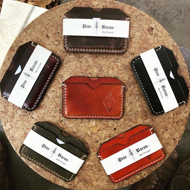 'Daytrippers'!! They neatly fit several cards, as well as cash, and are perfect when you're looking to travel light. . . Also essential in the daily fight against the Costanza wallet. . . . . . . . #pinebaron #pinebaronusa #longisland #newyork #pinebarrens #leather #leatherwork #handmade #madeinusa #surf #skate #supportsmallbusiness #supportyourlocal #motorcycle #skateboard #fieldnotes #moleskin #dailycarry #fuckthecostanzawallet