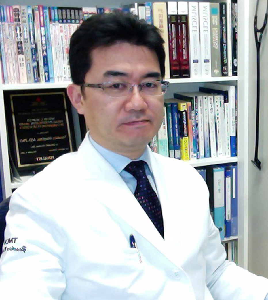 Yasuhiro Maejima MD, PhD Email Yasuhiro 2015-present     Junior Associate Professor, TMDU, JAPAN 2013-present     Adjunct Assistant Professor, Rutgers NJMS 2012-2014          Assistant Professor, TMDU, JAPAN 2012-2013          Assistant Professor, UMDNJ 2008-2012         Postdoctoral Fellow, UMDNJ 2006-2008        Assistant Professor, TMDU, JAPAN 2005-2006        Postdoctoral Fellow, TMDU, JAPAN 2005-2001         PhD, Tokyo Medical and Dental University (TMDU), Japan 1999-2001          Clinical Fellow, Jichi Medical School Omiya Medical Center, Japan 1997-1999           Medical Resident, Toranomon Hospital, Japan 1997-1999           Medical Resident, Toranomon Hospital, Japan 1990-1996           MD, Shinshu University, Japan Research Interests: FoxO1 signaling, Autophagy, Atrophy