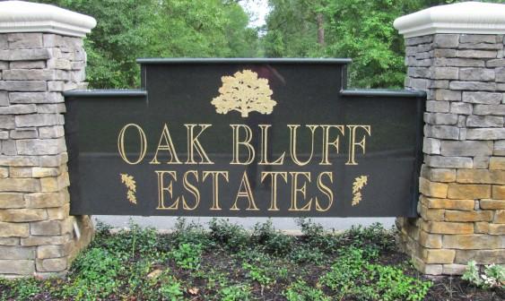Oak Bluff Signage.JPG