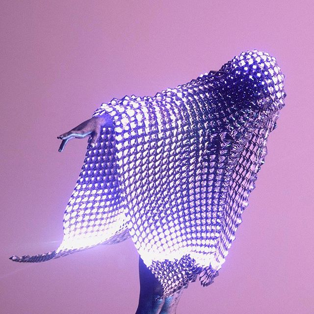Just Glassin in a new cloak. #Houdini#netart #internetart #3d #digital #cinema4d #instadaily #illustration #visuals #digitalart #design #cgi#graphics #render #octane #motiongraphics #rendering #Glassin #nanomesh