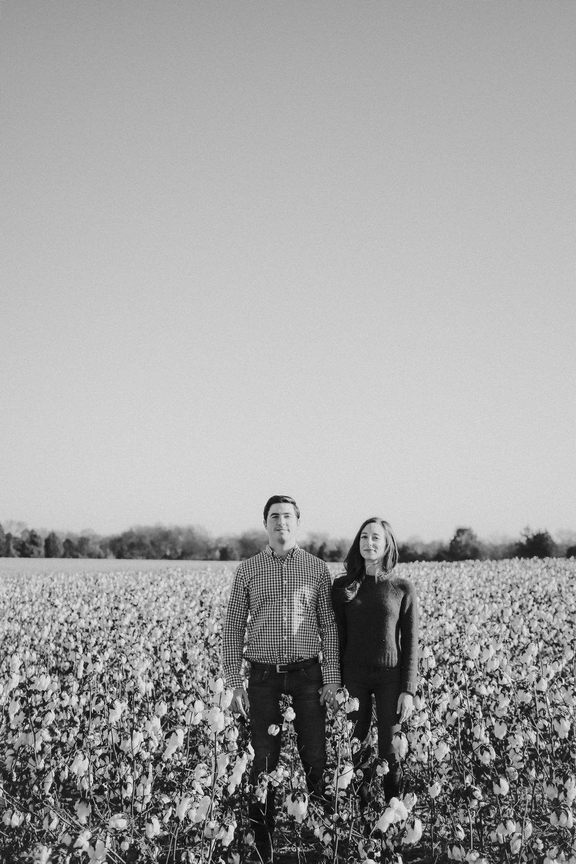Nashville_Cotton_Field_Engagement-14.jpg
