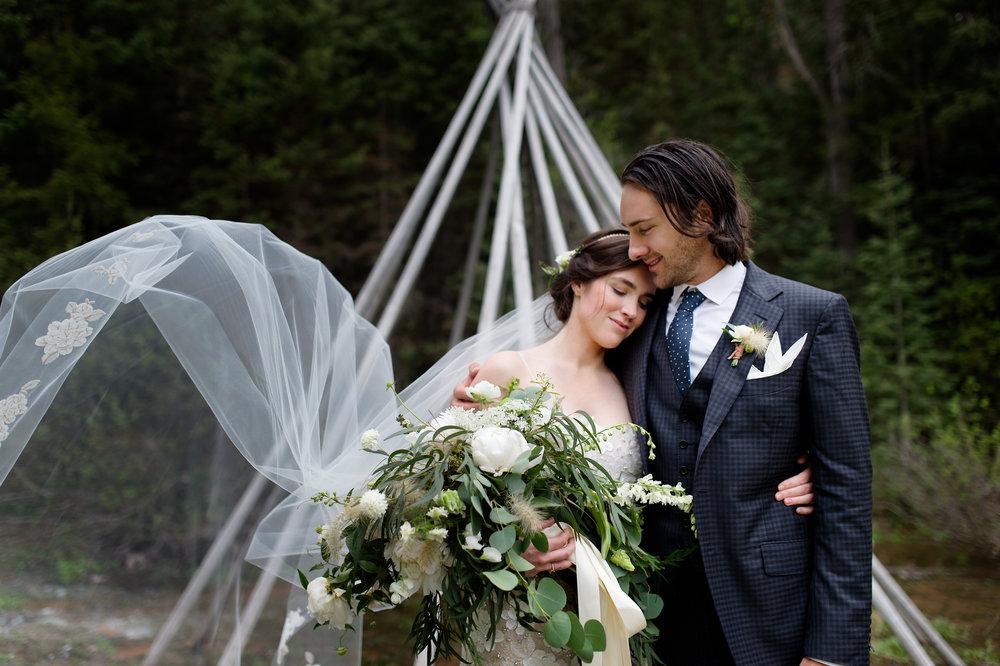 dunton wedding teepee.jpg