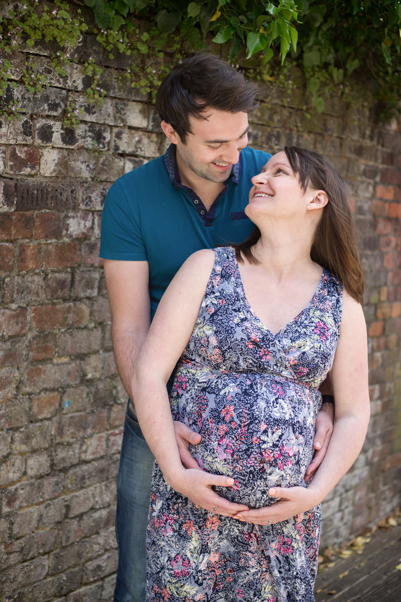 maternity-pictures-hemel-hempstead-outdoor-family