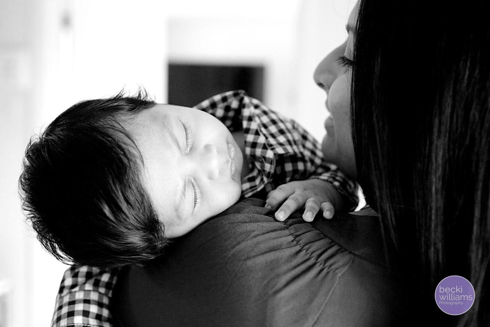 Baby Photographer Hemel Hempstead - Mum and baby