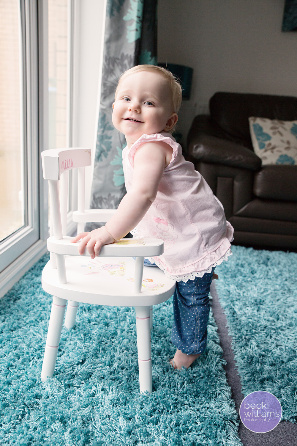 Baby-photography-hemel-hempstead-chair.jpg