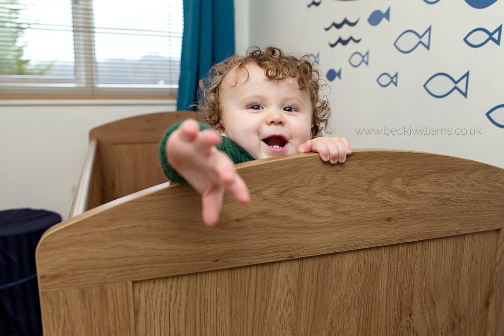 family-photographer-hemel-hempstead-1-year-old-fun-crib