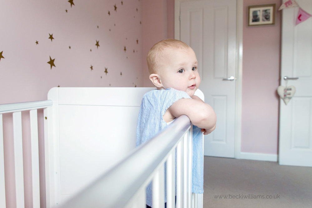 baby-photographer-hemel-hempstead-1-year-old-at-home-crib