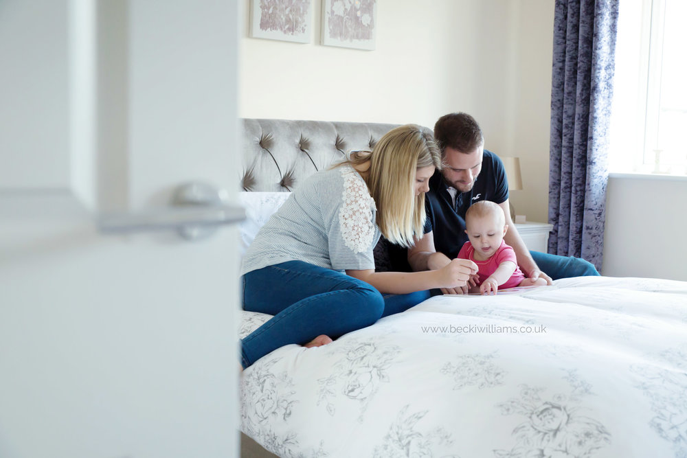 baby-photographer-hemel-hempstead-1-year-old-with-family