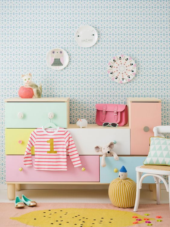 hemel-hempstead-baby-photographer-nursery-decoration-walls