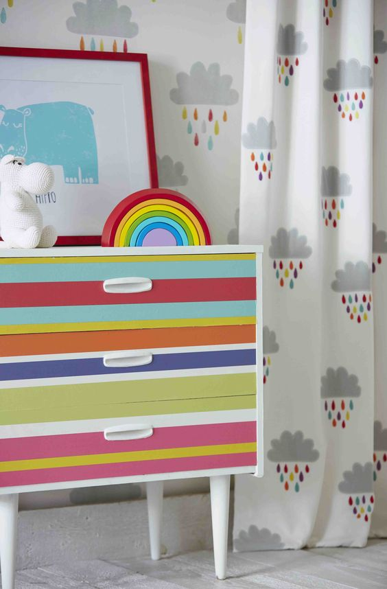 hemel-hempstead-baby-photographer-nursery-decoration-storage