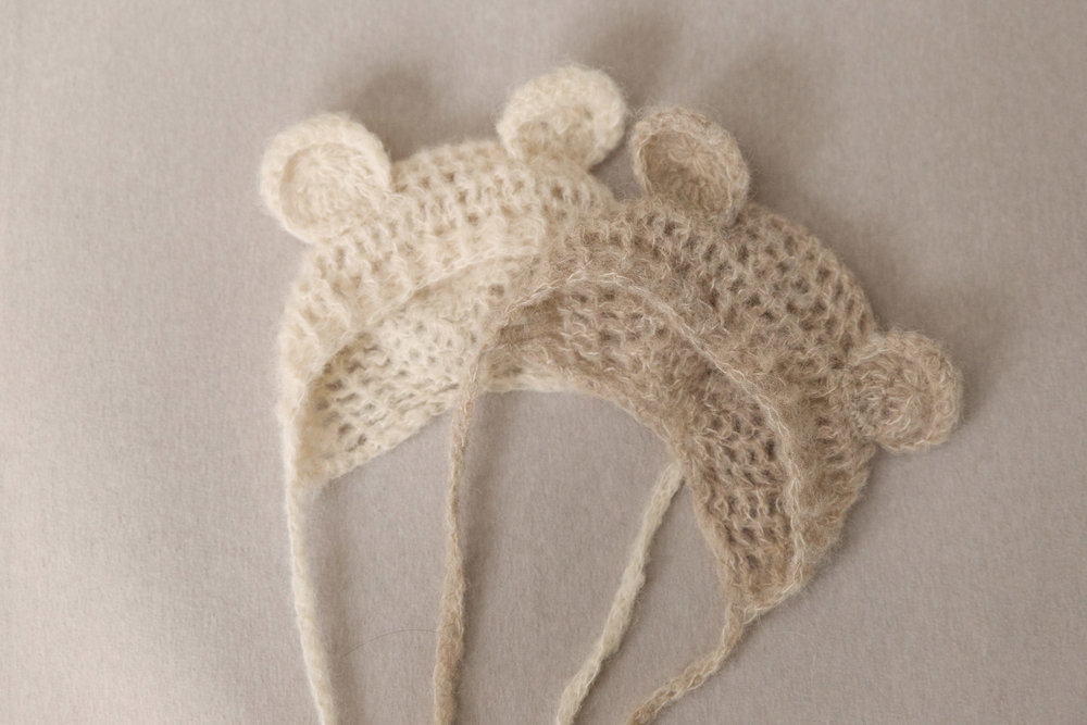newborn-photos-st-albans-props-bear-hats.jpg