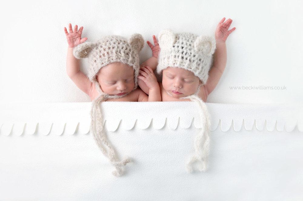 baby-photography-hemel-hempstead-newborn-twins-bear-hat