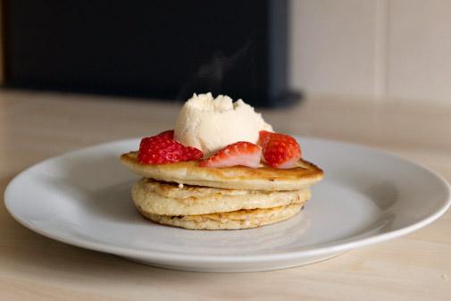newborn-photography-hemel-hempstead-pancakes.jpg