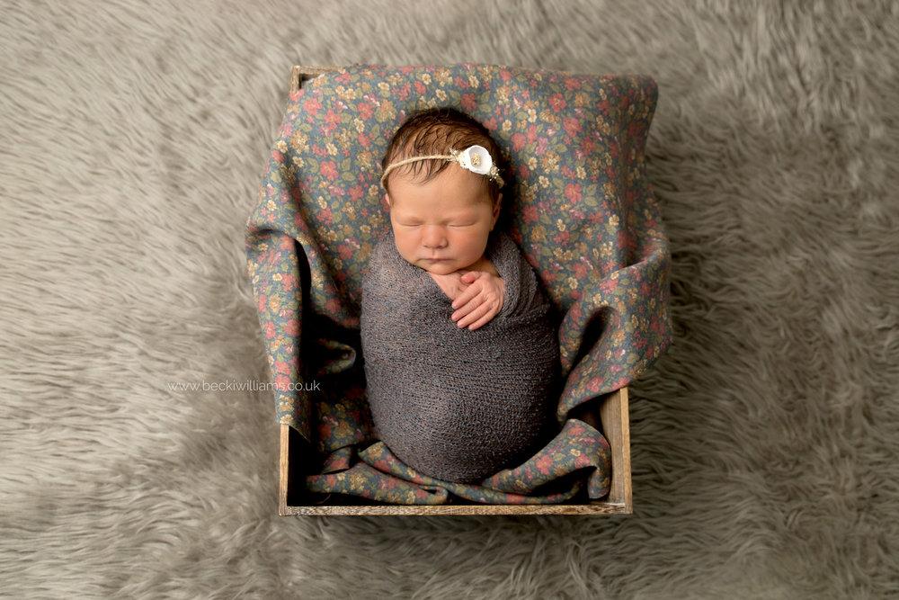 newborn-photography-berkhamsted-crate-flowers.jpg